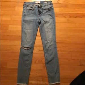Frame cut off jeans